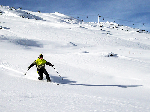 off-piste telemarking in chamonix with a ski guide